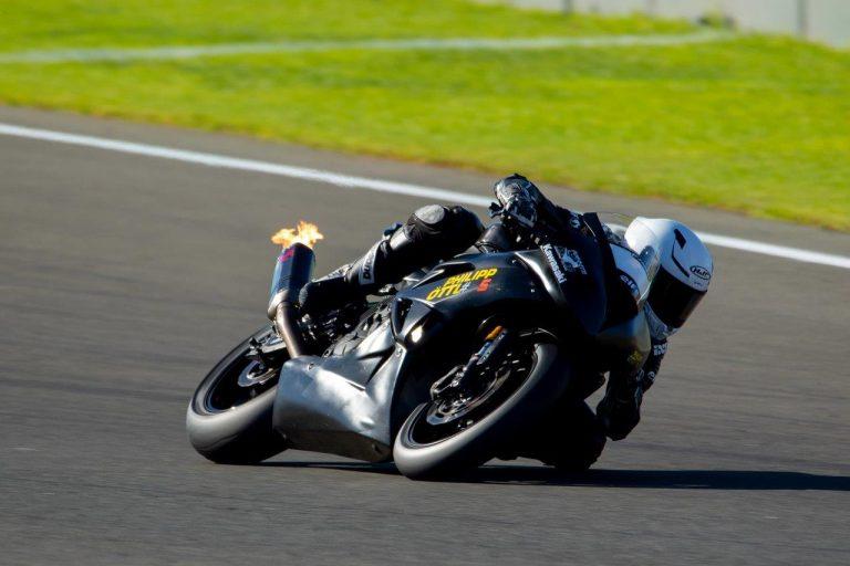 Erster Supersport Test für Philipp Öttl
